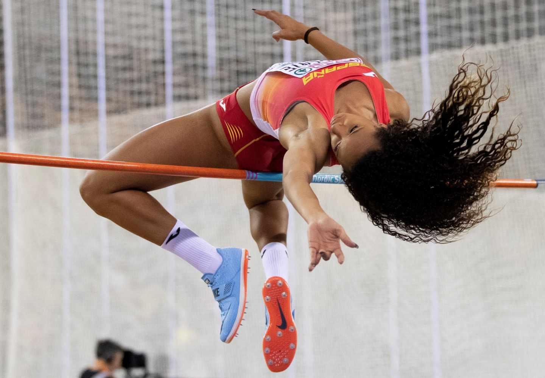María Vicente, durante la prueba de salto de altura del pentatlón.