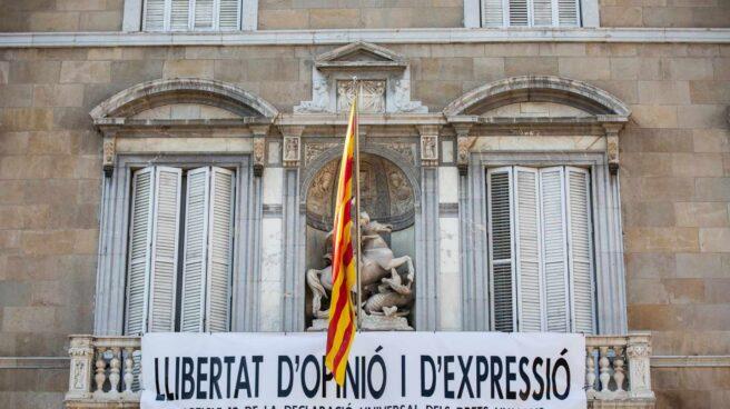 Nueva pancarta de la Generalitat.