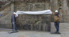 Pintadas en la catedral de Santiago de Compostela.