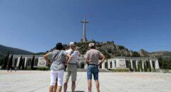 El negocio del Gobierno con el Valle de los Caídos: dispara sus ingresos y frena la ayuda a los monjes