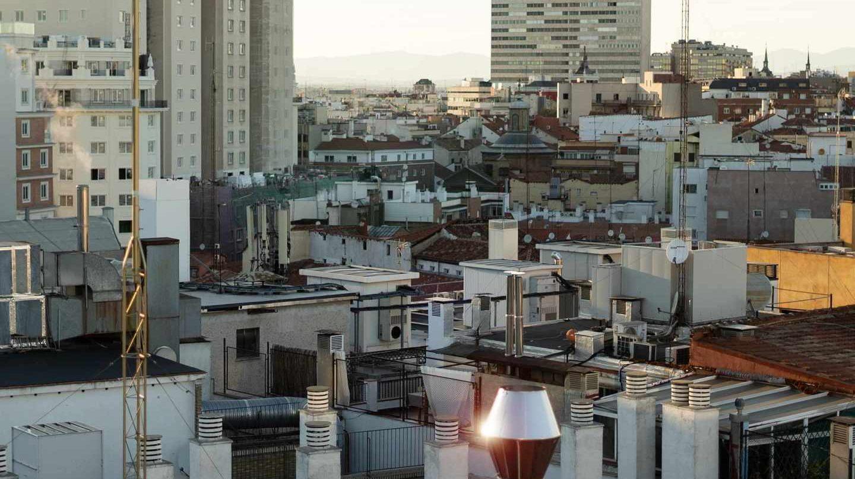 Tejados de viviendas antiguas del centro de Madrid