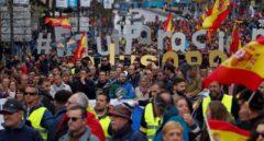 """Guardias civiles y policias protestan contra Interior por """"reírse"""" de 140.000 familias"""