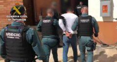 Captura de un video facilitado por la Guardia Civil de la detención del novio de la joven desaparecida desde el pasado mes de febrero en Vinaroz (Castellón).