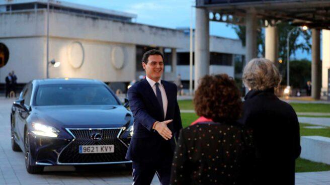 Debate en RTVE: la llegada de Albert Rivera.