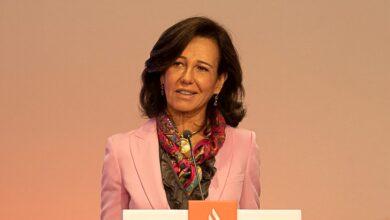 Ana Botín compra un millón de acciones de Santander ante su desplome en Bolsa