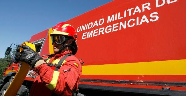 Efectivo de la Unidad Militar de Emergencia