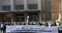 Guardias civiles protestan por el reparto de la equiparación salarial en 2019.