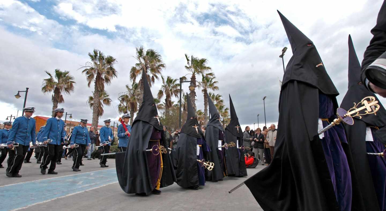Paseo de Semana Santa a orillas del Mediterráneo