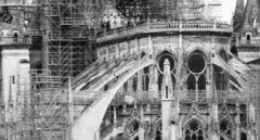 Las conspiraciones de Notre Dame entran en campaña