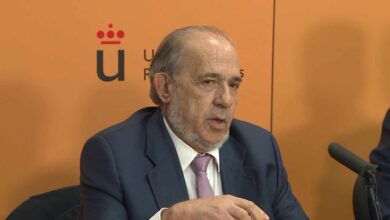 Muere el catedrático Álvarez Conde, el principal acusado del 'caso Máster'