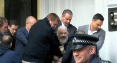 Assange se expone a cinco años de cárcel si le extraditan a EEUU