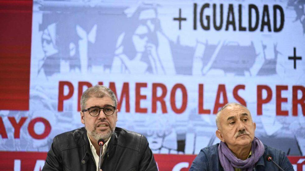 Los secretarios generales de CCOO y UGT, Unai Sordo y Pepe Álvarez, en la presentación de las manifestaciones del próximo Primero de Mayo.