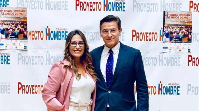 La bailaora Lucía Garrido, junto al candidato de Ciudadanos a la alcaldía de Granada, Luis Salvador.