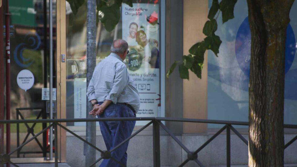 Cuatro de cada 10 españoles con más de 50 años convive con dos o más enfermedades crónicas.