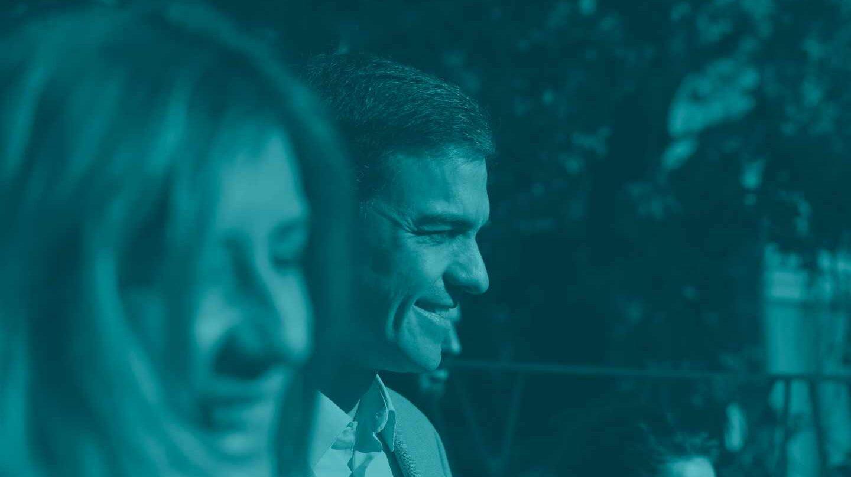 Pedro Sánchez, junto a Begoña Gómez.