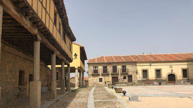Plaza de Bonilla de la Sierra, en Ávila.