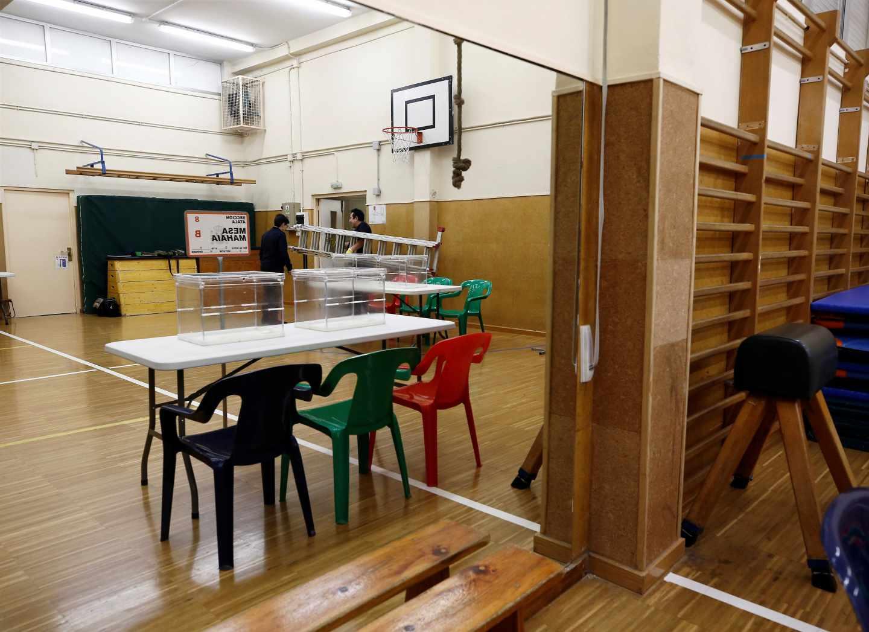 Las urnas del 28-A ya están listas en los colegios electorales.