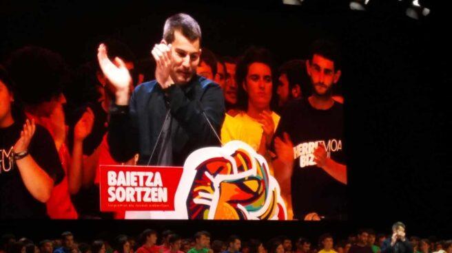 El líder de Sortu, Arkaizt Rodríguez, durante un acto de la formación.