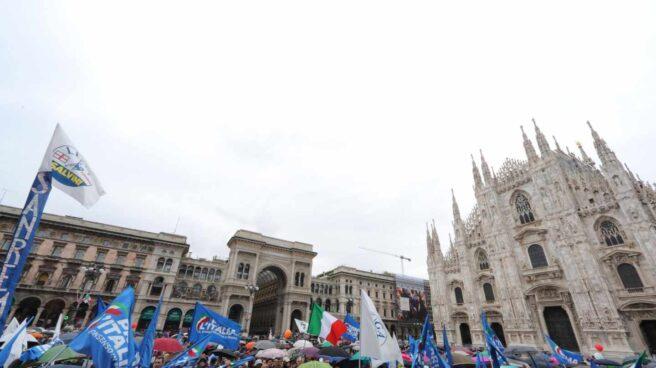 Concentración de partidos de ultraderecha en Milán.