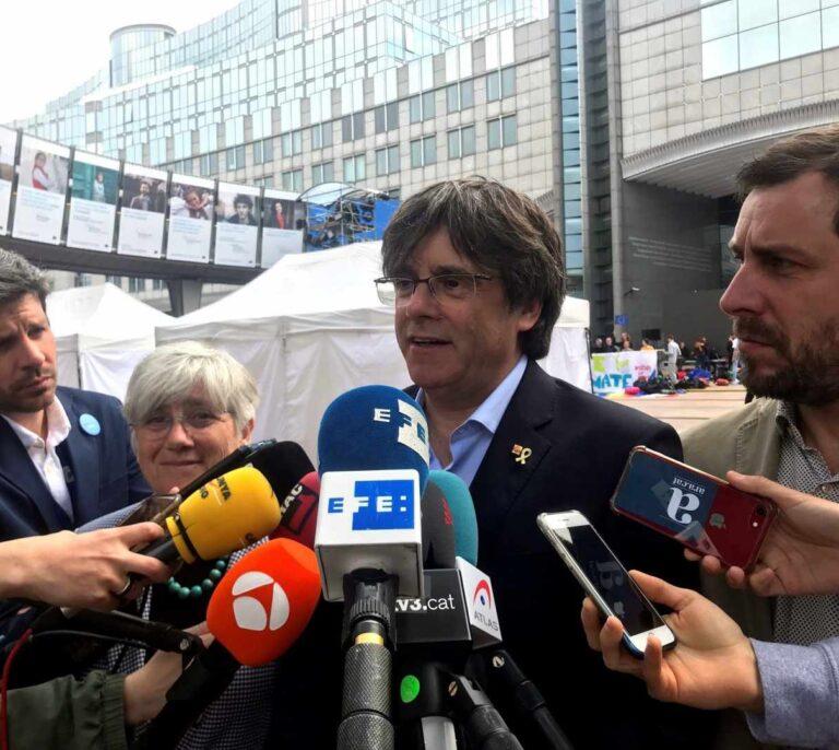 Casi 2.500 personas votaron a Puigdemont en Andalucía, casi 500 sólo en Cádiz