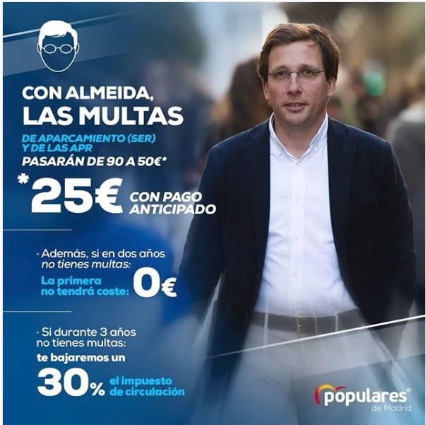 Cartel de Martínez Almeida anunciando la bajada en multas.