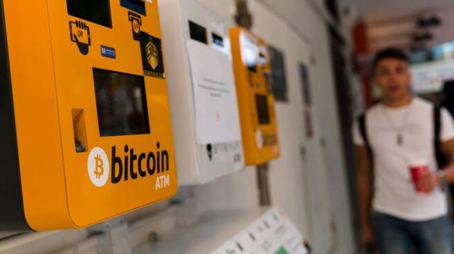 Un cajero de Bitcoin en Hong Kong.