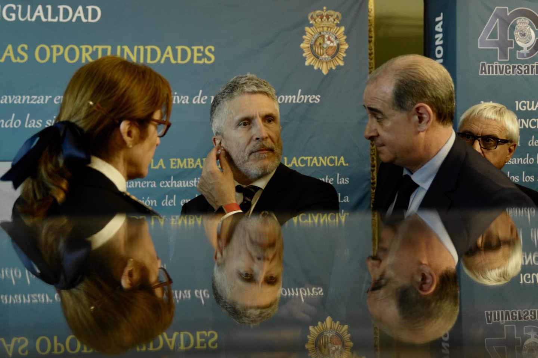 El ministro Grande-Marlaska y el director general de la Policía Nacional, Francisco Pardo Piqueras.