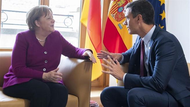 Pedro Sánchez, en su reunión con Angela Merkel.
