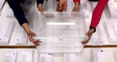 """Investigan a una mujer tras ser localizada con """"gran cantidad de votos y un censo electoral"""" en Melilla"""