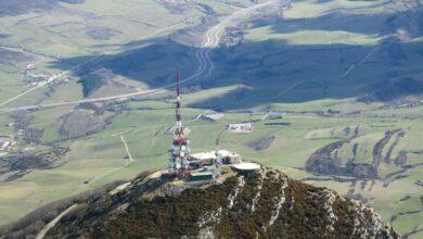 Cellnex entra en Portugal con la compra de Omtel y sus 3.000 torres por 800 millones