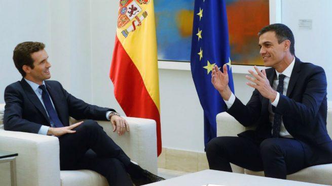 Casado irá a su cita con Sánchez con una oferta de pactos en economía y Cataluña