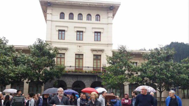 Homenaje a Josu Ternera en su localidad natal.
