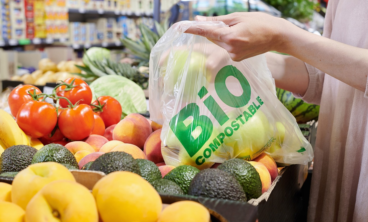 Lidl retirará las bolsas de plástico para frutas y verduras.