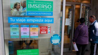 Los turoperadores lanzan ofertas de viajes para mayores a la espera del Imserso