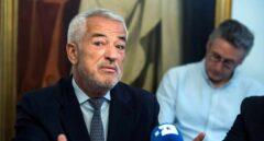El líder de Ausbanc se querella contra FG y Villarejo y ofrece un testigo protegido