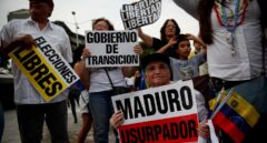 Ciudadanos protestan contra Nicolás Maduro, el miércoles 1 de mayo en Caracas.