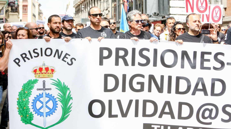 Cabecera de la manifestación secundada este martes por funcionarios de Prisiones en Madrid.