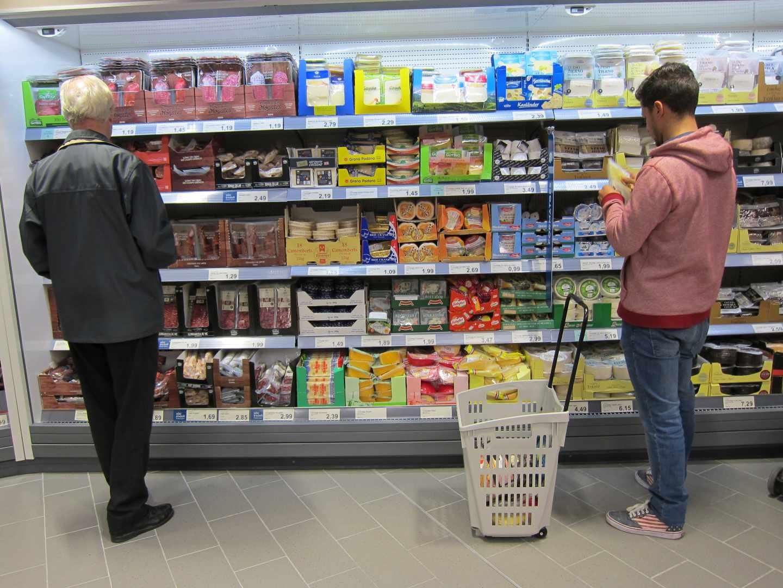Desescalada en el supermercado: la fase 1 reduce las compras semanales