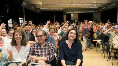 Colau defiende la importancia de la alcaldía para justificar el apoyo de Valls a su investidura