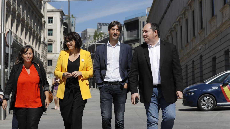 Ana Miranda, , Diana Riba, Jordi Solé y Pernando Barrenba, de Ahora Repúblicas.