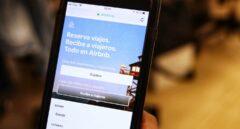 Ultimátum de Colau a Airbnb y sus rivales: les da mes y medio para anunciar sólo pisos legales