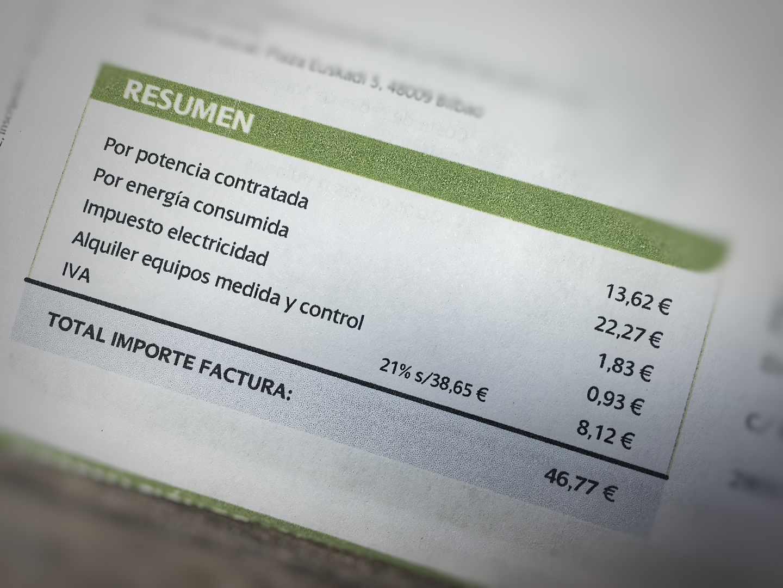 Las eléctricas acumulan una treintena de multas por 4 millones por manipular contratos