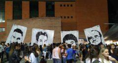 Vitoria retira carteles gigantes del asesino de Fernando Buesa tras dos días expuestos