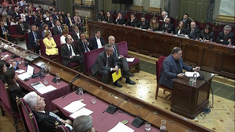 Los procesados por su responsabilidad en el desafío independentista, durante su declaración en la última jornada del juicio del 'procés'.