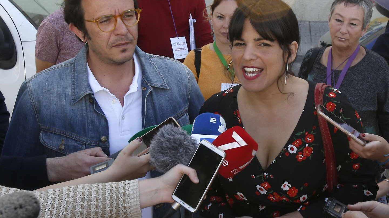José María González, Kichi, y Teresa Rodríguez.