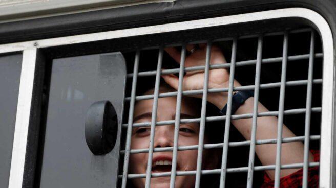 Una mujer rusa, privada de libertad, por apoyar al periodista Golunov.