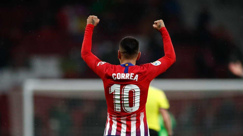 El jugador del Atlético de Madrid Angelito Correa celebra un gol.