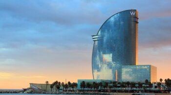 """Los hoteles de Barcelona suspiran por el Mobile: """"Las habitaciones están vacías"""""""