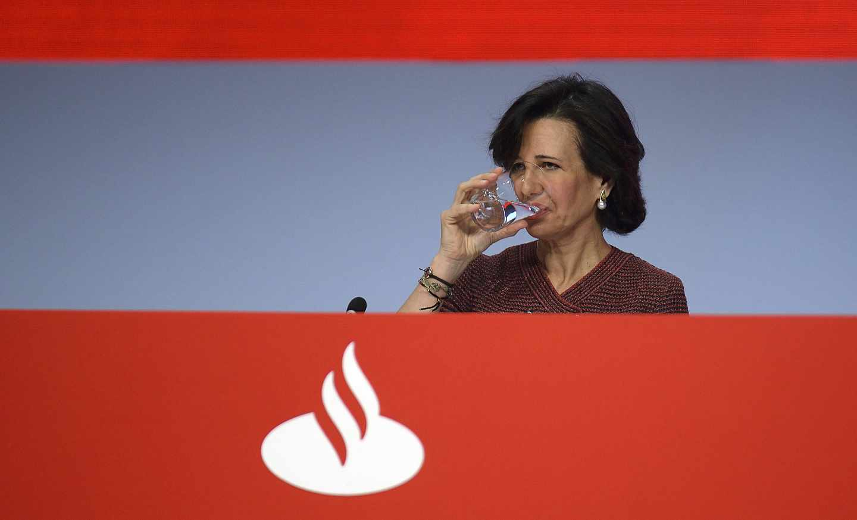 La banca del Ibex pierde 83.500 millones de euros en cinco años de tipos negativos.