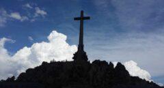 Más de 200 personas piden al Papa que actúe y paralice la exhumación de Franco
